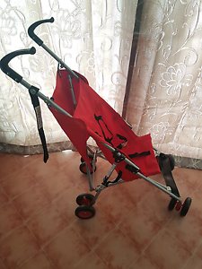 Red Stroller Bethania Logan Area Preview