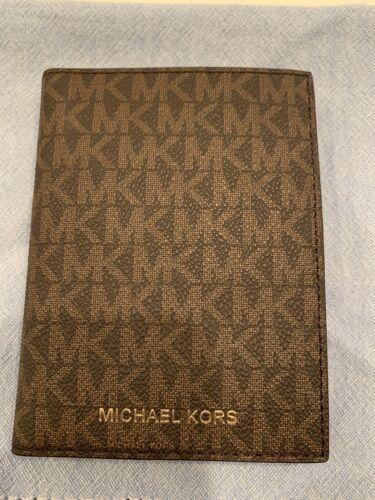 New Michael Kors Bedford Travel Passport Wallet Logo Brown / Acorn FabFitFun - $11.00