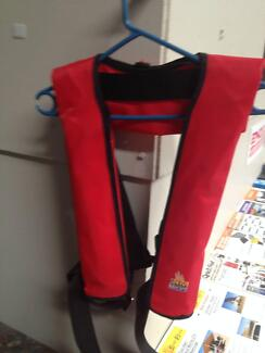 Lifejacket self Inflating