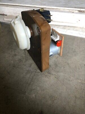 Rowe 4900 Snack Vending Machine Vend Selection Motor W Coupling - Tested