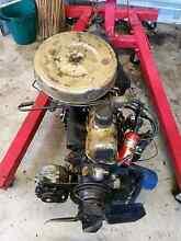 200 pursuit pre cross flow engine and gearbox East Branxton Cessnock Area Preview