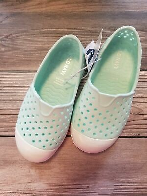 Old Navy Toddler Boys (NEW Old Navy Water Shoes Toddler Boy Girl Unisex Size 7)