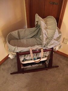 Baby Moses basket with bassinet stand