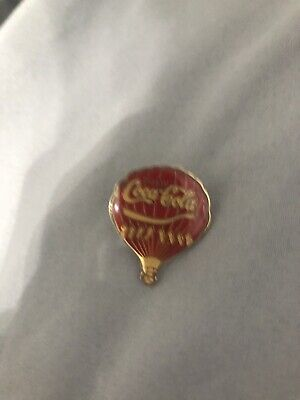 Vintage Retro Coca Cola Hot Air Balloon early 1980's enamel pin Badge NICE