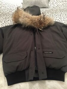 Canada goose jacket genuine