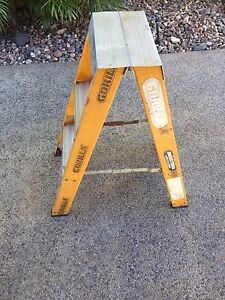 3 Foot Double Sided Fibreglass Ladder Bakewell Palmerston Area Preview