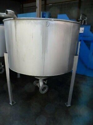 Stainless Steel Tank On Legs 300 Gallon Capacity