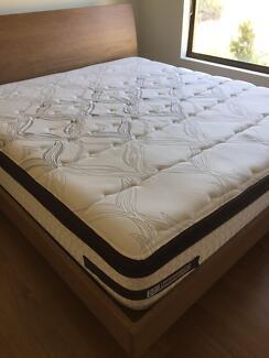 Bed (Mattress & Flame)