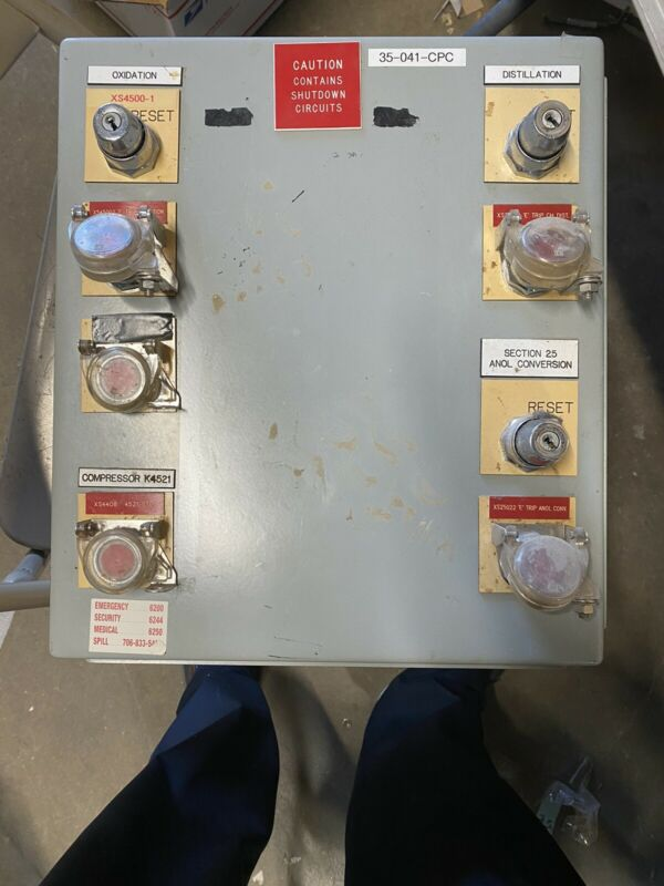 """Hoffman A-1614ch 16"""" X 14"""" X 6"""" Type 12 Electrical Enclosure A16p14"""