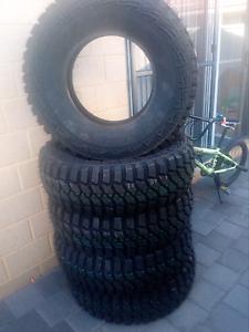 4x4 tyres brand new Leda Kwinana Area Preview