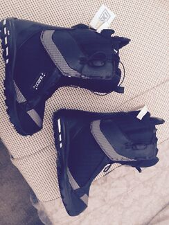 Women's snow boots Croudace Bay Lake Macquarie Area Preview