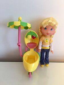 Lemon Meringue Small Doll/Lemonade Cart. $5.00