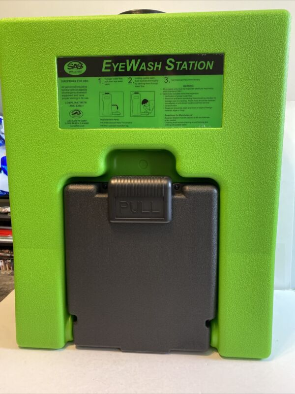 SAS Eyewash Station (ANSI Z358.1) Great Condition (Scratches On Bottom)