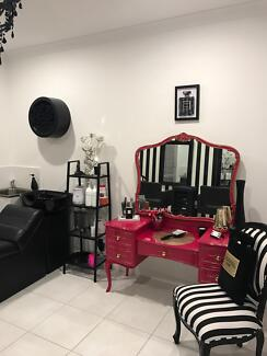 Glamour Look Hair Studio