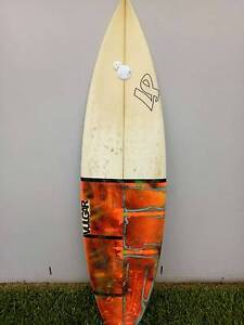 "5""6 Surfboard (Vulger Surfboards) Stockton Newcastle Area Preview"