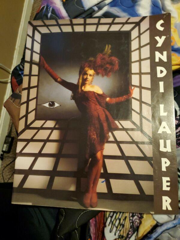 CYNDI LAUPER TRUE COLORS 86/87 WORLD TOUR CONCERT PROGRAM BOOK WITH TICKET