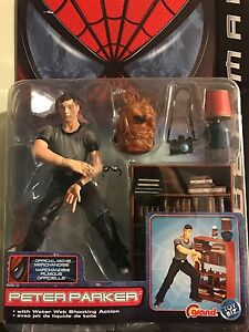 Marvels Spiderman movie action figures set  Edmonton Edmonton Area image 3