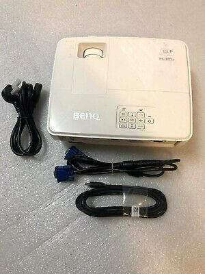 BENQ MX570 XGA 3D DLP HDMI Projector with cables + Remote. Varying hours