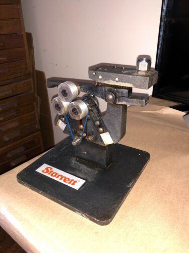 Starrett NO. 1130 THREAD GAGE & Test Plate Stand