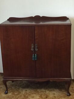 Record Cabinet/storage Point Clare Gosford Area Preview