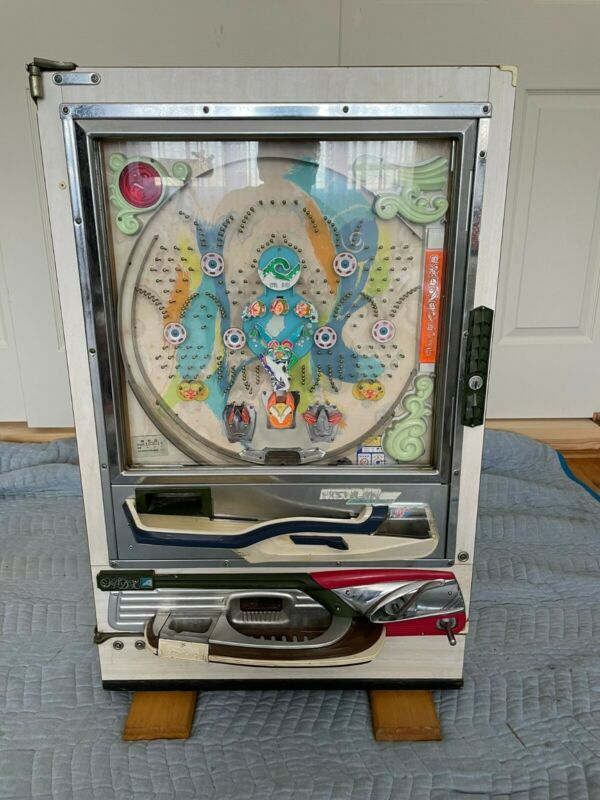 Nishijin Shiroi Pachinko Machine 1960-70 Good Condition gel and balls