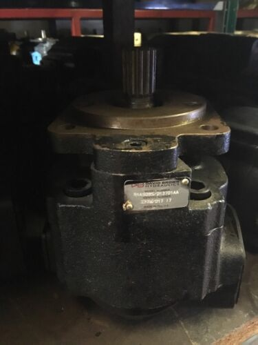 David Brown Hydraulics R1A4-4-4-185903-2C gear pump 185903 NEW NMP