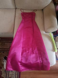 Formal Dress Size 6 Brand New Never Worn