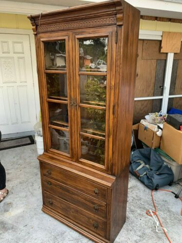 *Pristine*Ethan Allen Royal Charter Oak 2 Piece Library Bookcase and Base Chest