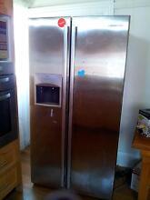 $1500 large 550L Westinghouse frost-free fridge Burwood Burwood Area Preview