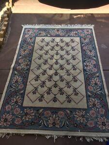 Wanted: Belgium rug 170x120 cm