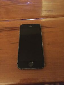 Excellent Condition iPhone 5S 32GB Unlocked