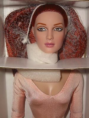 WARM UP BASIC SHAUNA Tyler Wentworth Tonner DOLL NRFB 2013 NO STAND BW