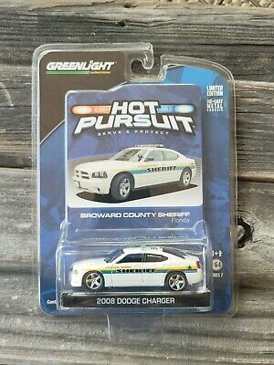 ***ULTRA RARE*** Greenlight Collectibles 1:64 Hot Pursuit 2008 Dodge Charger