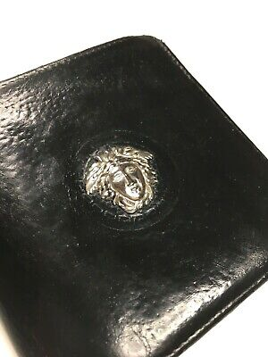GIANNI VERSACE VINTAGE '90 METAL MEDUSA RELIEF LEATHER WALLET BIFOLD PURSE ITALY