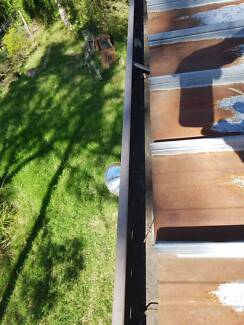 Gutter cleaning in Windsor