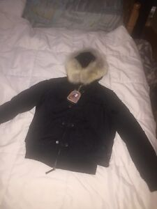 Je vends un manteau Parajumpers