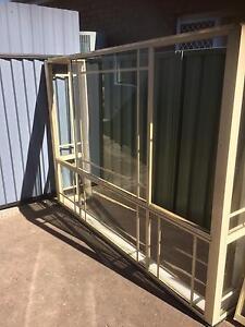 Prime rose aluminium bay window Casula Liverpool Area Preview