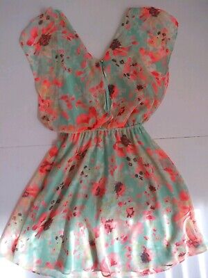 - Candie's Light Green With Orange, Yellow And White Flowers Dress Size XS
