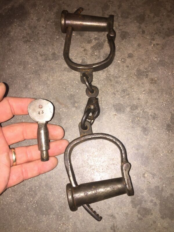 Shackles Handcuff Set Key Lot Yuma Patina Collector Folsom Alcatraz Solid Metal!