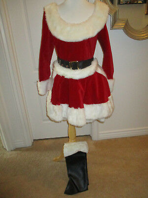 Santa Baby Christmas Costume, Size M, 4 pieces, Heavy Duty Great Quality EUC