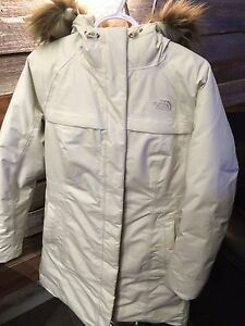 NEUF! Manteau d'hiver North Face