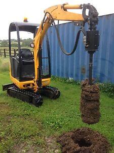 mini digger auger / post hole borer / hydraulic auger / jcb / kubota attachment