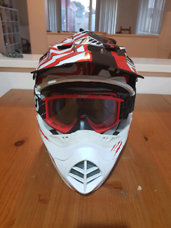 Youth motocross helmet + goggles combo