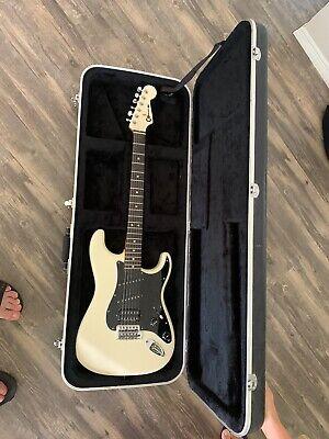 Custom built Jake E Lee Replica W Hard Case  Plays Amazing