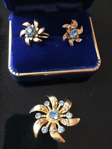 Earrings and Brooch Matching Set Vintage