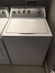 Laveuse/ sécheuse    Washer / dryer