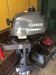 Yamaha 2.5hp outboard motor Tumut Tumut Area Preview