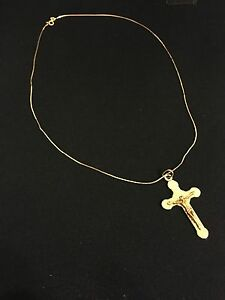 Gold Pendant Crucifix Coogee Eastern Suburbs Preview