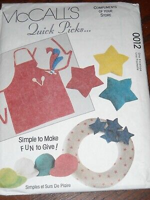 McCALL'S #0012 - GIFT GIVING-APRON-DOG BED-WREATH-TIE-LOG CARRIER PATTERN  FF