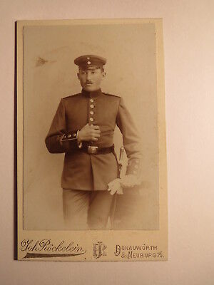 Donauwörth & Neuburg a. D. - stehender Soldat in Uniform / CDV
